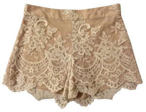 Alice + Olivia Dress Shorts Cream