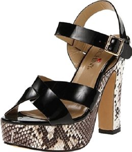 Luichiny Black/Imipatent Sandals
