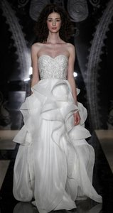 Reem Acra Ivory Silk Chiffon with Embroidered Bodice Tianna Style #4915 Formal Wedding Dress Size 4 (S)