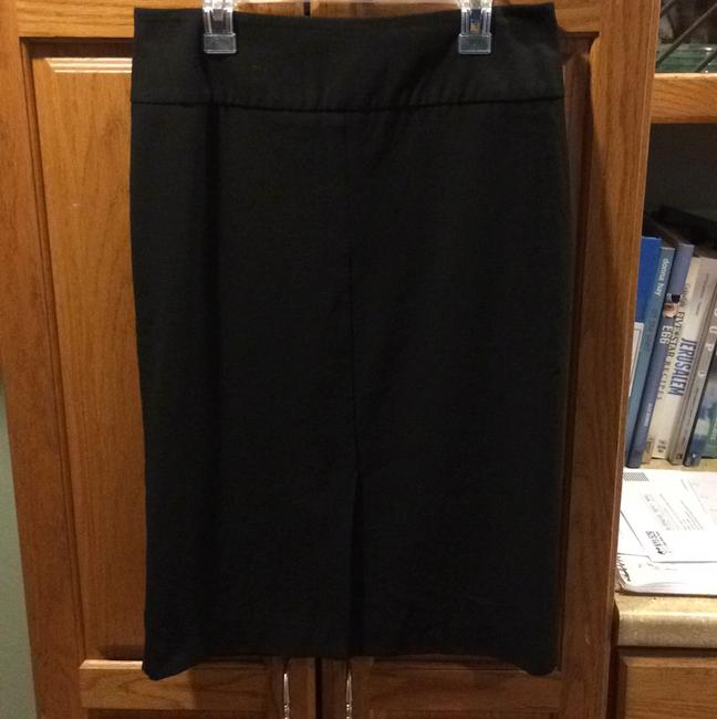 Preload https://img-static.tradesy.com/item/9770068/french-connection-black-pencil-skirt-size-2-xs-26-0-0-650-650.jpg