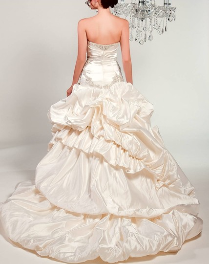Winnie Couture Diamond White 100%silk Chlomin Velouette 3133 Traditional Wedding Dress Size 10 (M) Image 6