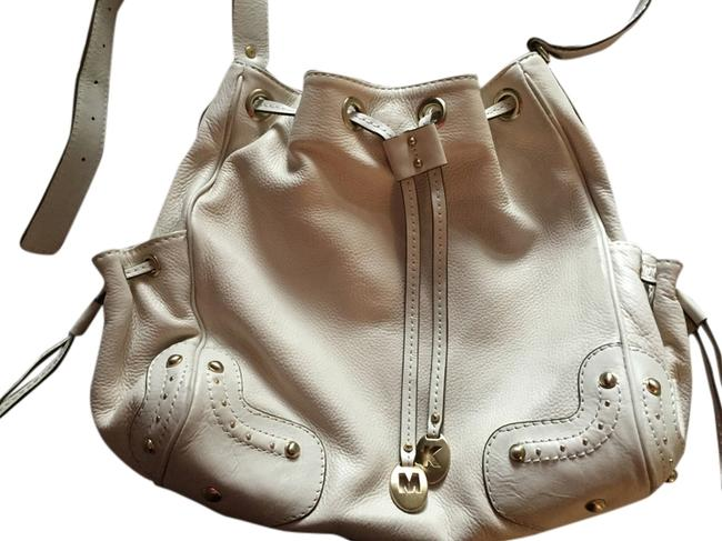 Item - Handbag and Wallet Cream Leather Shoulder Bag