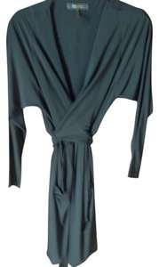 BCBGMAXAZRIA Sexy V Neck Can Be Tied Front Or 2 Pockets Dress