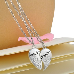Silver Mother and Daughter Heart Handmade Charm Pendant Necklace Set
