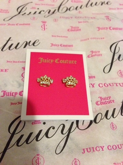 """Juicy Couture 100% Authentic JuicY Couture Crown Stud Earrings YJRU7874 NWT Retail:$42.00 Queen for a day? You can be a Juicy queen every day when you wear this pave crown stud earring. Iconic crown-shaped back. Brass/Glass Imported 0.5"""" L x 0.43"""" W"""
