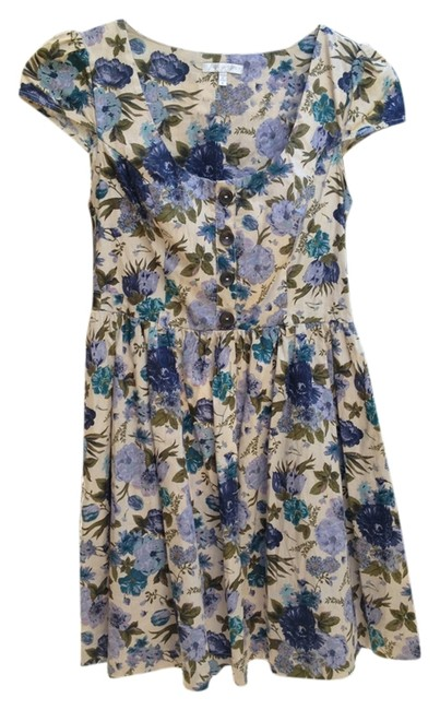 Item - Cream Floral Above Knee Short Casual Dress Size 4 (S)
