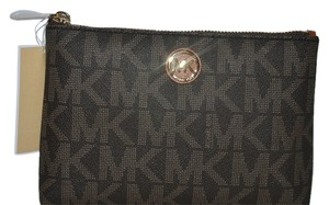 Michael Kors NWT MICHAEL KORS FULTON TRAVEL CASE CLUTCH BROWN MONOGRAM BAG COSMETIC CASE