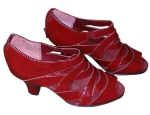 Aerosoles cherry red Sandals