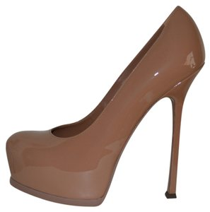 Saint Laurent Ysl Patent Patent Leather Round Nude Pumps