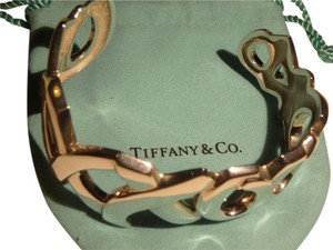Tiffany & Co. Paloma Picasso Silver Hugs & Kisses Cuff bracelet with pouch