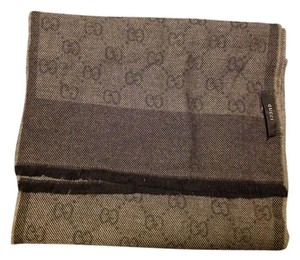 Gucci NEW GUCCI BLACK GREY WOOL LOGO SCARF SHAWL