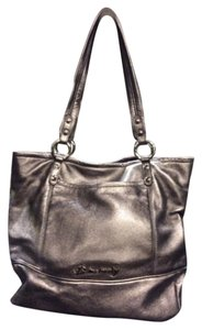 B. Makowsky Tote in silver