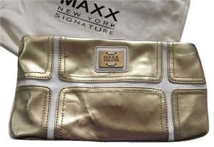 Maxx New York Cross The Gold Clutch