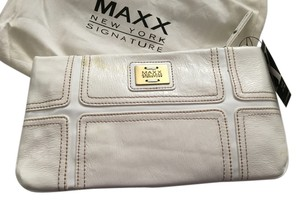 Maxx New York Gold Cross The White Clutch