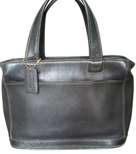 Coach Vintage Leather Satchel in BLACK