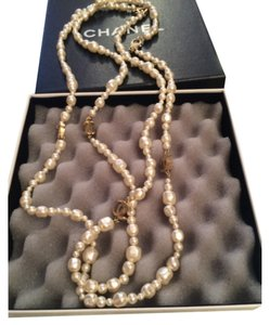Chanel Chanel Fresh Water Pearls