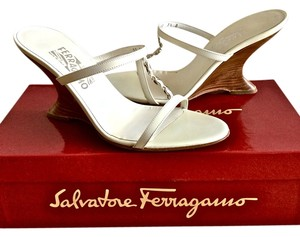 Salvatore Ferragamo Summer Sandal Wood White Wedges