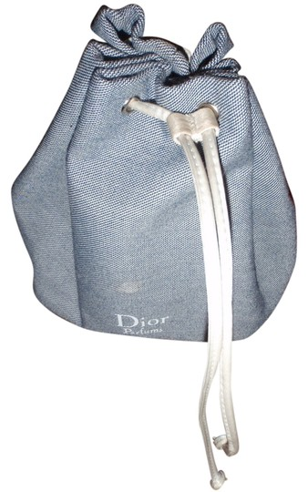 Preload https://item1.tradesy.com/images/dior-perfume-pouch-cosmetic-bag-980715-0-0.jpg?width=440&height=440