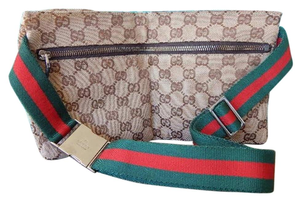 7690bacd904b Gucci W Web Fanny Pack W/ Red & Green Stripe Strap Canvas Cross Body ...