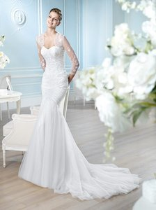 St. Patrick White Beaded with Tulle Hainess Sexy Wedding Dress Size 0 (XS)