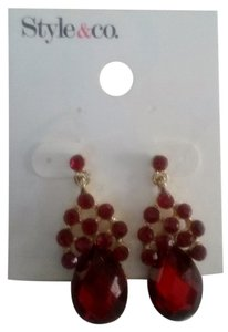 Style & Co NEW RED PEAR SHAPE DROP EARRINGS GOLD TRIM-