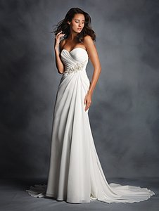 Alfred Angelo Ivory / Silver 2514 Feminine Wedding Dress Size 14 (L)