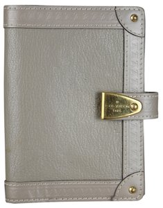 Louis Vuitton Louis Vuitton Partenaire Gray Suhali Agenda Cover