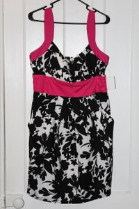 B. Smart short dress Black, White, Fuschia Sundress Pockets on Tradesy