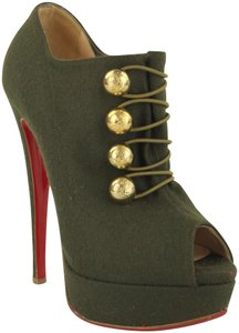 c698b3a36f7 Green Christian Louboutin On Sale - Tradesy