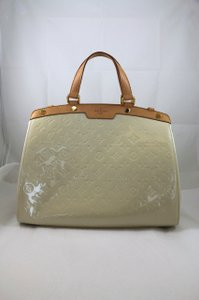 Louis Vuitton Patent Leather Tote in Ivory