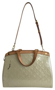 Louis Vuitton Patent Vernis Tote in Ivory