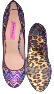 Betsey Johnson Multi Pumps