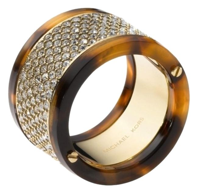 Item - Gold Tone Brown With Pave and Tortoise Barrel Size 6 Ring