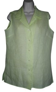 Liz Claiborne Sleeveless Button Front Top Light Green
