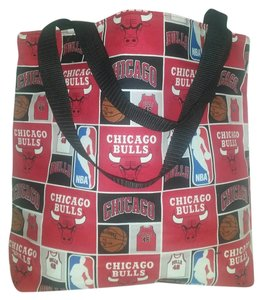 Purses Chicago Bulls Chicago Tote in Red / Black
