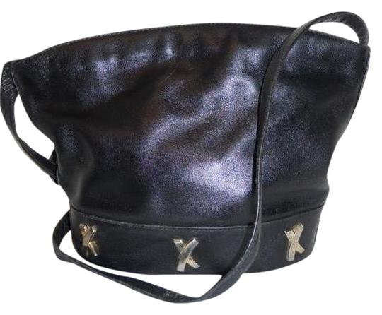 Preload https://item2.tradesy.com/images/paloma-picasso-black-leather-cross-body-bag-981891-0-0.jpg?width=440&height=440