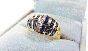 Nice 14k Yellow Gold Princess Cut Blue Sapphire Diamond Dome Style Wide Band Cocktail Ring