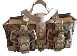 Coach Satchel in White and brown