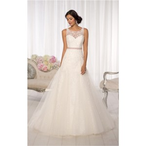 Essense Of Australia Essense Sample Gown Wedding Dress