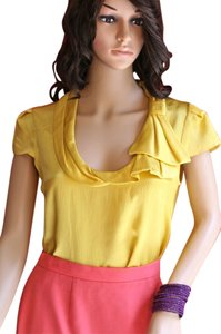Nanette Lepore Portrait Collar Bow Short Sleeve Heartache Goldenrod Battered Silk Silk Pleats Cap Sleeve Asymmetrical Size 4-6 Nwt Top Yellow