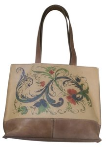 Patricia Nash Designs Italian Leather Tote in Tan