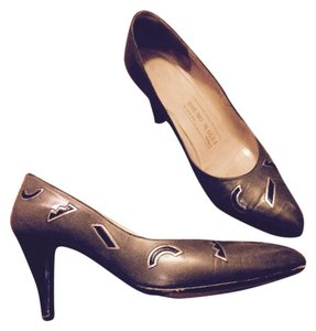 Bruno Magli Vintage Calf Leather mushroom Pumps