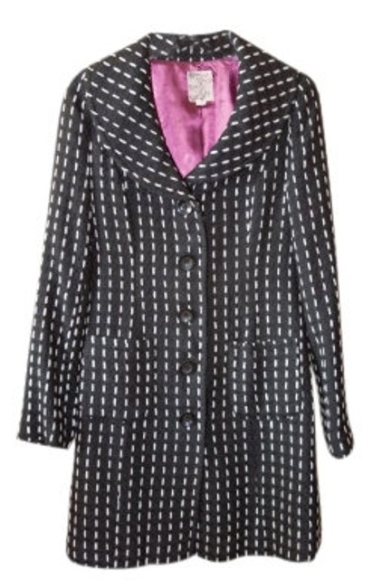 Preload https://item5.tradesy.com/images/tulle-blackwhite-and-coat-knee-length-workoffice-dress-size-petite-4-s-9824-0-0.jpg?width=400&height=650