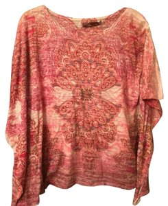 prAna T Shirt Main color is pink