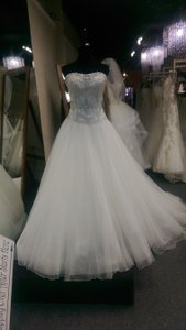 Justin Alexander 8673 Wedding Dress