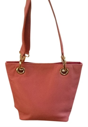 Preload https://img-static.tradesy.com/item/982784/small-satchell-pink-with-orange-leather-tote-0-0-540-540.jpg