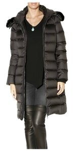 Moncler Beaver Fur Fur Fur Trim Never Worn Coat
