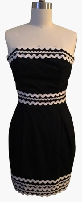 Preload https://img-static.tradesy.com/item/9831325/french-connection-blac-above-knee-cocktail-dress-size-4-s-0-1-650-650.jpg