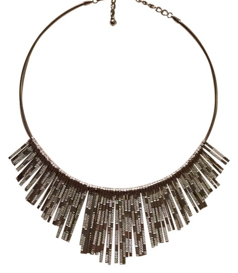 Preload https://img-static.tradesy.com/item/9832906/urban-outfitters-silver-necklace-0-1-540-540.jpg
