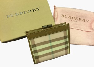 Burberry Authentic New Burberry Classic Nova Check Pink PVC Wallet